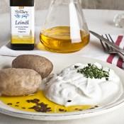 Sonnenblumen- und Leinöl werden in Brodowin kalt gepresst
