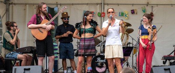 Bühne Hoffest - Kokokollektiv